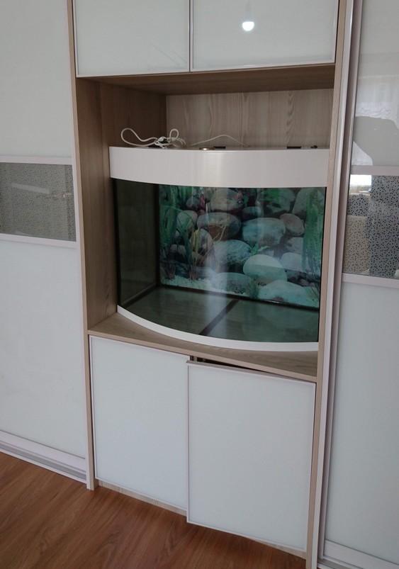 панорамный аквариум белый